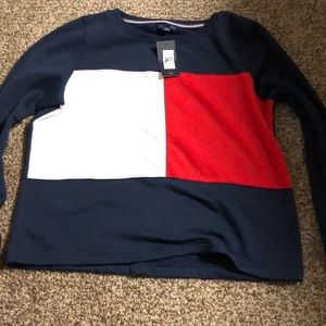 tommy hilfiger crew neck never worn still tag on